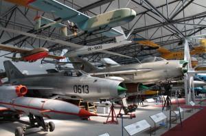 Hala věnovaná exponátům od roku 1945