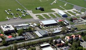 Letecký pohled na areál LM Kbely