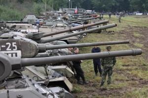 Příprava techniky na Tankový den v Lešanech