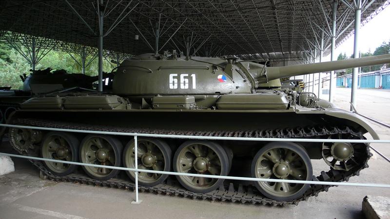 Sovětský střední tank T-55