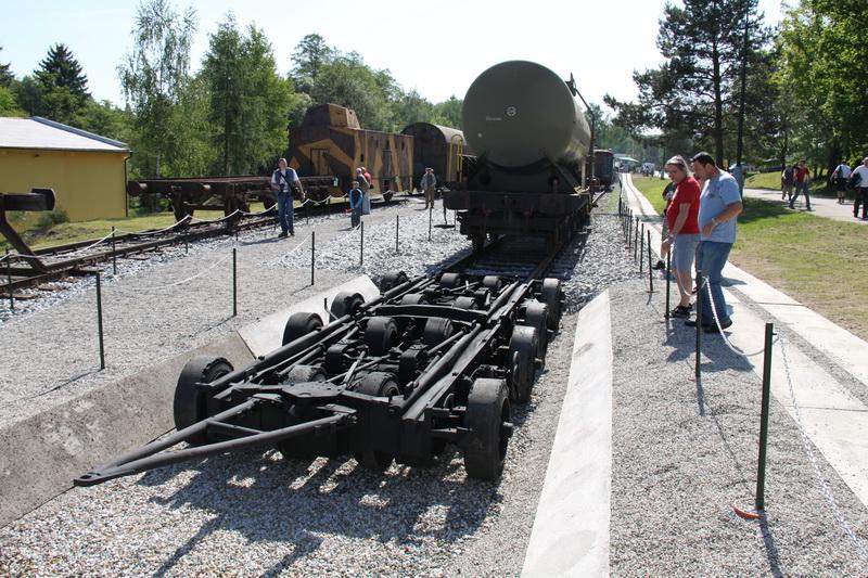 Přepravník pro převoz vagónů STRASSENROLLER R40