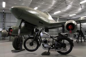 Avia S-92 (Messerschmitt Me 262), hangár první generace proudových letounů