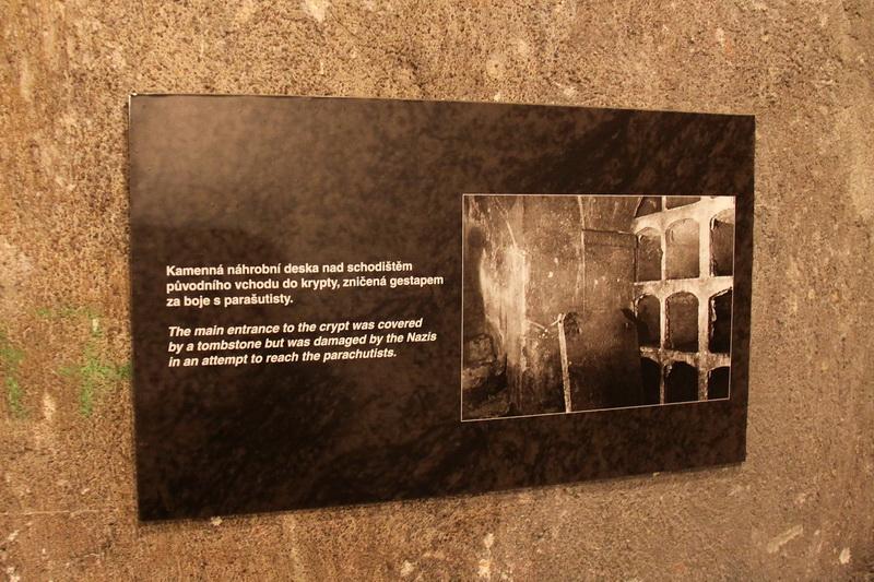 Informační tabulka k desce s původní fotografií