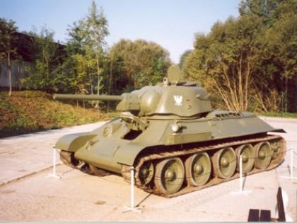 Restaurování sovětského středního tanku T-34/76 vz. 1942/43