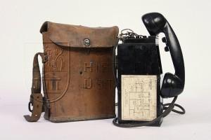 Americký polní telefonní přístroj EE-8