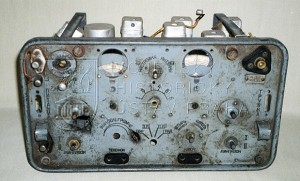 Sovětská rádiová stanice RBM z bojů na Dukle
