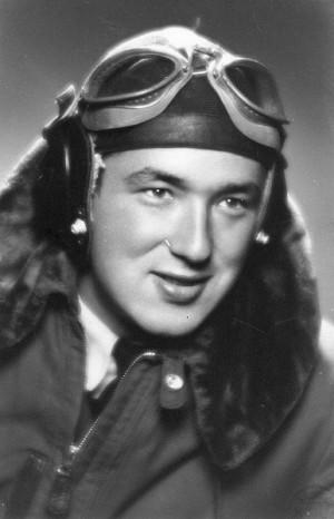Hugo Meisl při pilotním výcviku v Československu v roce 1948