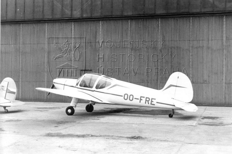 Letoun Zlín Z-22 Junák, výr. č. 82