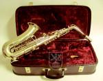 Saxofon z Vojenské konzervatoře v Roudnici nad Labem