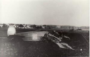 havarovaný letoun Avia B 21.96 (dobová fotografie)