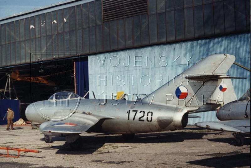 Stíhací letoun MiG-15, výr. č. 231720