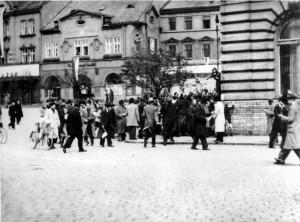Povstání v Přerově 1. května 1945. Foto archiv VHÚ.