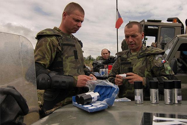 Dvanáct let v Kosovu odstartovali čeští vojáci v létě 1999