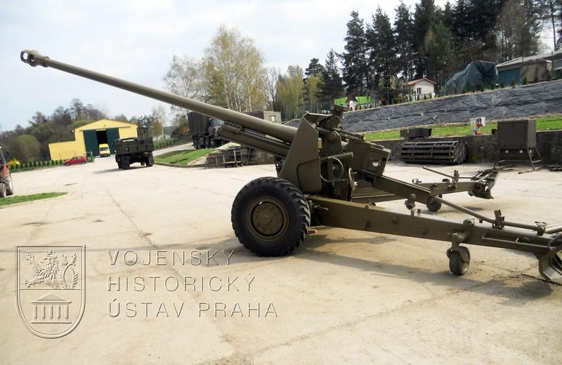 100mm protitankový kanón vzor 53