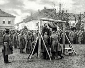 Exekuce zajatých příslušníků České družiny Antonína Grmely a Josefa Müllera 12. prosince 1914 ve Wadowicích v Haliči. FOTO: sbírka VHÚ