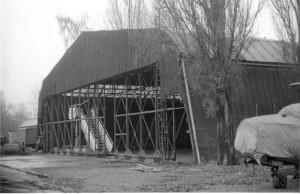 Původní stav expozičního hangáru H-18 v roce 1988. Foto sbírka VHÚ.