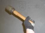 Německý ruční granát vz. 24 se zesilovacím pouzdrem