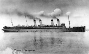 Loď USAT Mount Vernon, kterou z Vladivostoku odplul 20. transport čs. legií. Tato loď byla původně postavena v roce 1906 ve Štětíně v Německu jako parník Kronprinzessin Cecilie. Od poloviny roku 1917, kdy byla zabavena, do září 1919 sloužila v americkém námořnictvu jako USS Mount Vernon. Do roku 1920 byla ve službách americké armády a sloužila jako U.S. Army Transport Mount Vernon. Poté byla předána k civilnímu užívání a v roce 1940 sešrotována. Foto: Vojenský ústřední archiv Praha