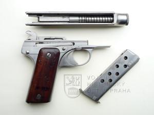 Tomiškův armádní model