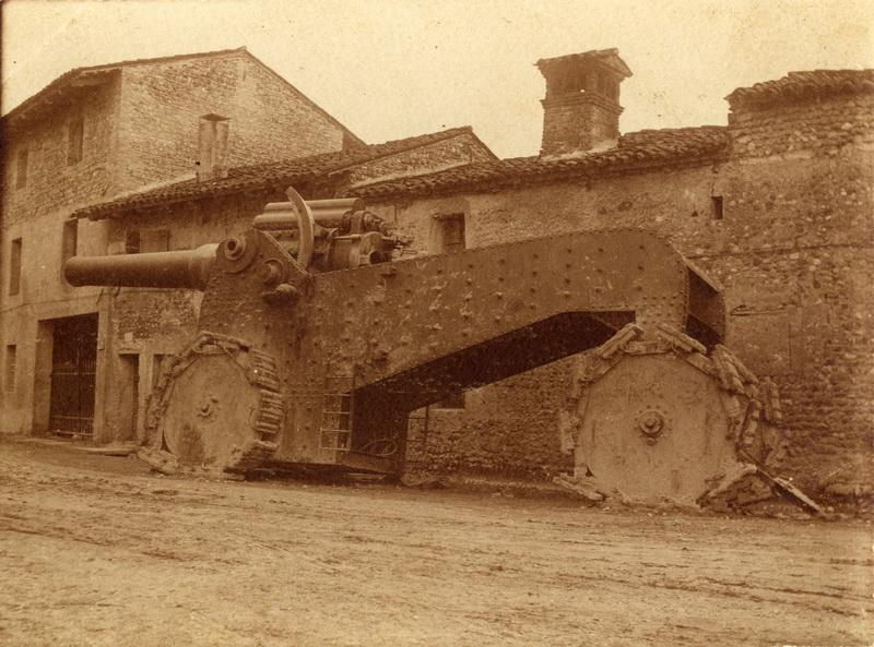 Italské dalekonosné 21 cm  dělo. Foto sbírka VHÚ.