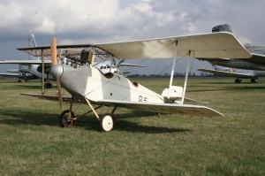Bohemia B-5 po rekonstrukci. Celkový pohled na levou, plátnem potaženou stranu letounu.