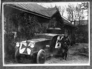 Rakouský obrněný automobil Romfell. Foto sbírka VHÚ.