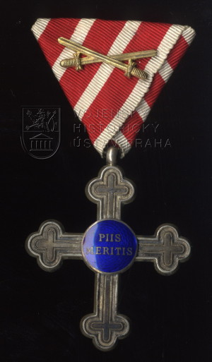 Záslužný kříž pro vojenské duchovní