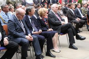 Zprava: prezident Miloš Zeman, ministryně spravedlnosti Helena Válková, ministr obrany Martin Stropnický a ministr kultury Daniel Herman