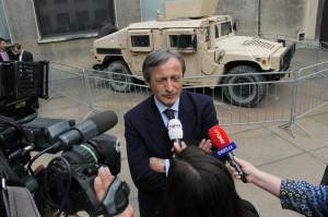Ministr obrany v rozhovoru s novináři