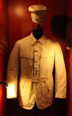 Letní oblek prezidenta T. G. Masaryka, který je vystaven v závěrečné části výstavy