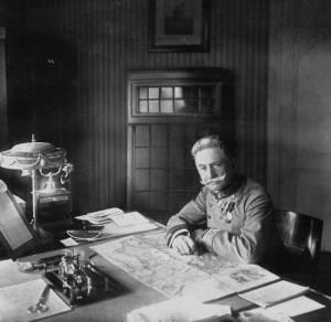 Generál pěchoty Franz svobodný pán Conrad von Hötzendorf (1852-1925), náčelník generálního štábu rakousko-uherské branné moci. Foto sbírka VHÚ.