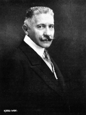 Polní podmaršálek Wladimir svobodný pán Giesl von Gieslingen (1860–1936), c. a k. vyslanec v Bělehradě. Foto sbírka VHÚ.