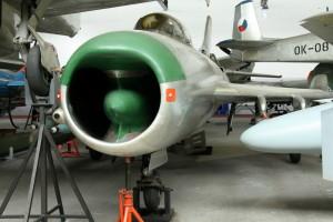 Mikojan-Gurjevič MiG-19 PM  - stíhací letoun, SSSR / 1953