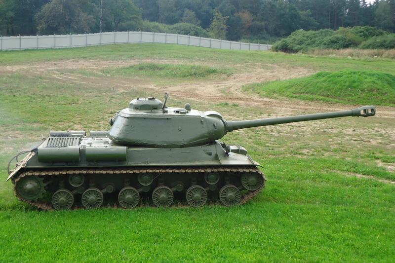 IS-122 poprvé v lešanské aréně