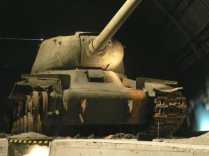 IS-122 před restaurováním v lešanské expozici