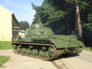 První metry IS-122 v Lešanech