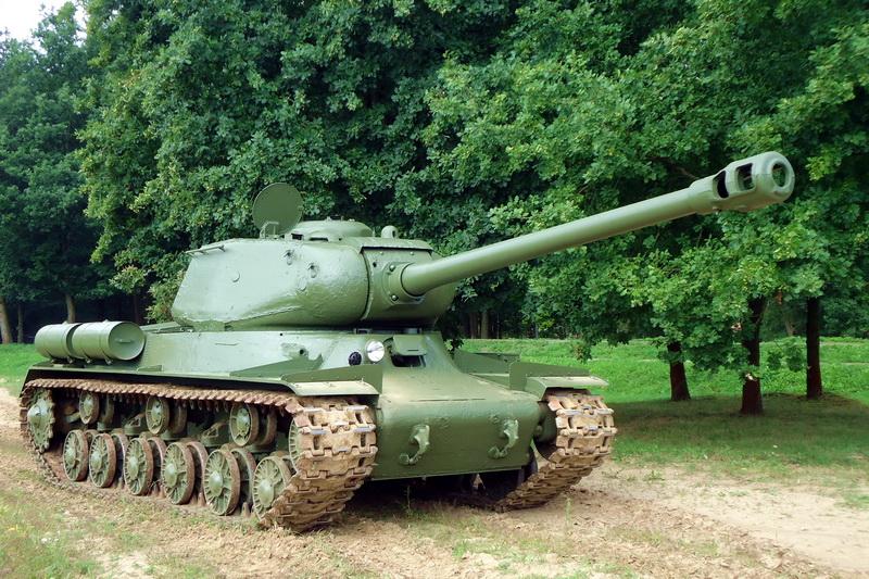 Znovuzrozená hvězda Tankového dne: těžký tank IS-122