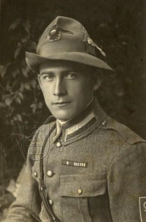 Josef Pták v roce 1918. Foto sbírka VHÚ.