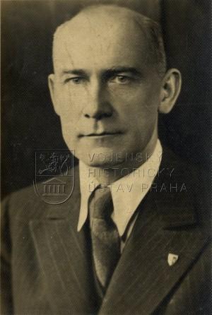 Josef Pták na civilním snímku.Foto sbírka VHÚ.