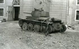 Československý tank LT vz. 38 na snímcích z konce 60. let