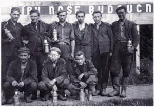Vojáci 57. PTP pracovali i v dole ve Zbůchu. FOTO: archiv autora