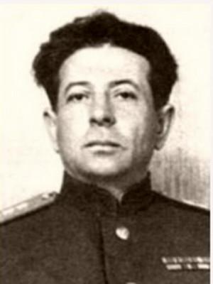 Generálplukovník Lev Zacharovič Mechlis, politruk 4. ukrajinského frontu