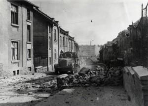 Tišnovská ulice po osvobození. Foto sbírka VHÚ.