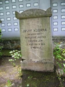 Současný stav hrobu Josefa Kudrny