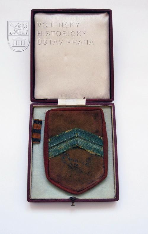 Rukávový štítek podplukovníka Karla Vašátky