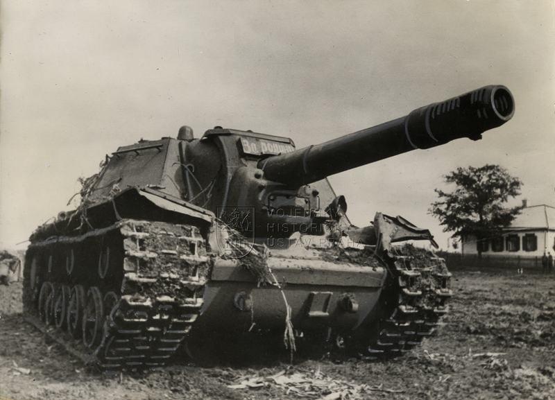 Sovětské těžké samohybné dělo SU-152