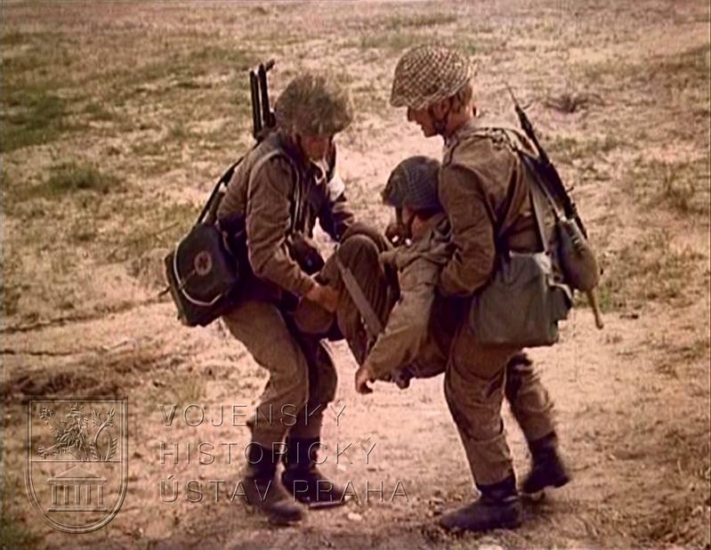 "Film ""Svépomoc a vzájemná pomoc v boji"""