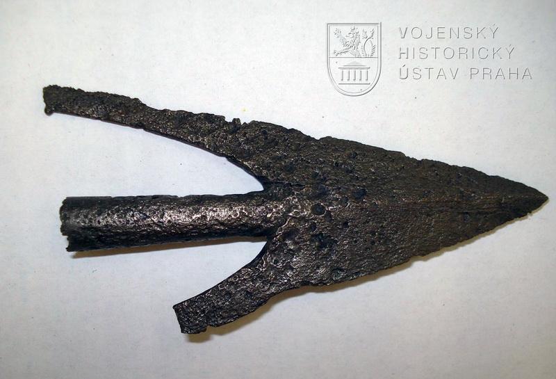 Hrot šípu křidélkový, Sión, před 1437