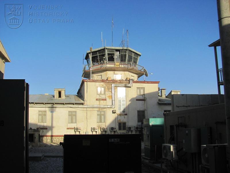 Bývalá řídící věž letiště Bagrám