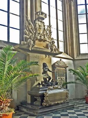 Náhrobek Jeana Louise Raduita de Souches v kostele svatého Jakuba v Brně